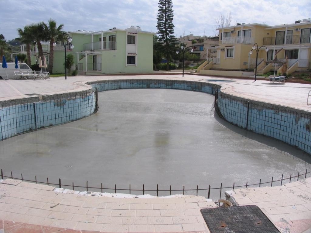 Swimming Pool Waterproofing Membrane : Revinex flex γκρι